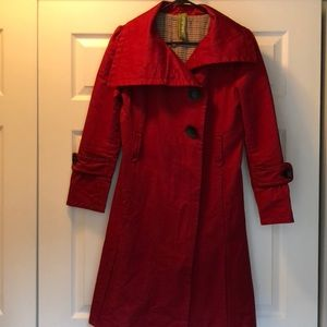 Red Soia & Kyo asymmetrical trench coat